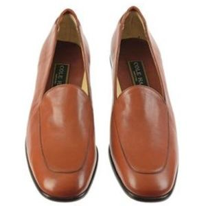 COLE HAAN GIANA Low Heel Brown Loafers / Pumps